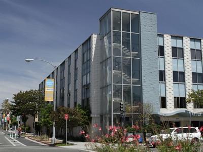 Condominium for sales at 250 Linden Avenue #250 250 Linden Avenue #305 Long Beach, California 90802 United States
