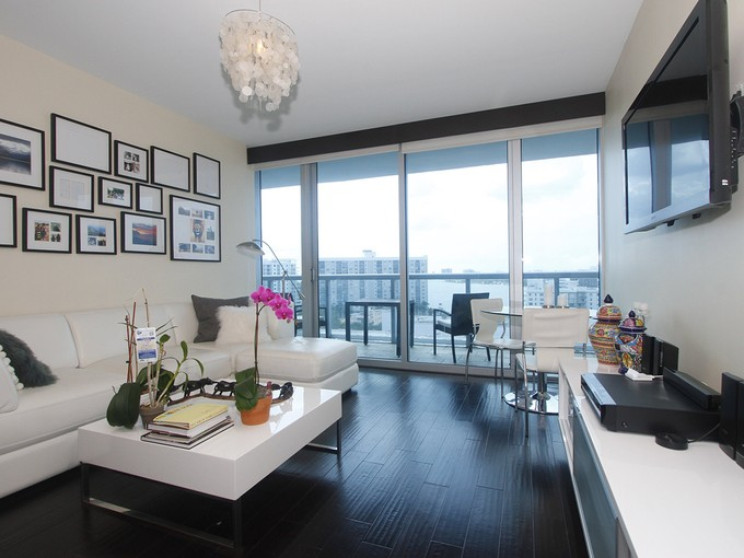 Condominium for sales at Canyon Ranch 1001 6799 Colilns Ave 1001 Miami Beach, Florida 33141 United States
