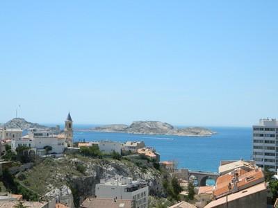 Apartamento for sales at Sweeping Sea View Marseille, Provença-Alpes-Costa Azul França