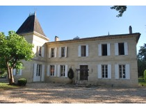 Maison unifamiliale for sales at Charming Chateau Other Aquitaine, Aquitaine France