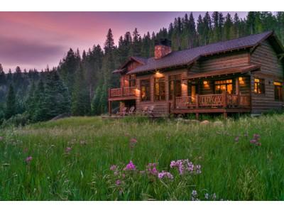 獨棟家庭住宅 for sales at Private Beaver Creek Waterfront Home 1395 Beaver Creek Road   Big Sky, 蒙大拿州 59716 美國