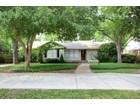 Nhà ở một gia đình for sales at 3612 South Hills Avenue  Fort Worth, Texas 76109 Hoa Kỳ