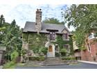 단독 가정 주택 for sales at Charming Residence in Governor's Bridge 4 Nesbitt Drive Toronto, Ontario M4W2G3 Canada