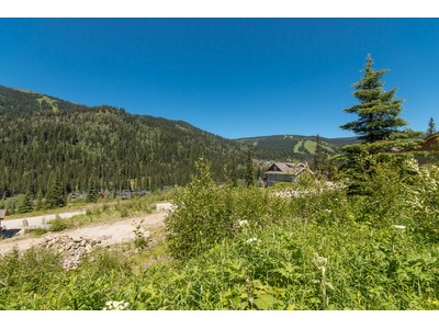Terrain for sales at Gently Sloping Building Lot 2517 Mountain View Drive Sun Peaks, Colombie-Britannique V0E5N0 Canada