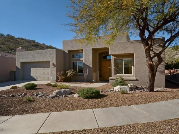 Nhà ở một gia đình for sales at Stunning Southwest Contemporary 5284 N Sunset Shadows Place Tucson, Arizona 85750 Hoa Kỳ
