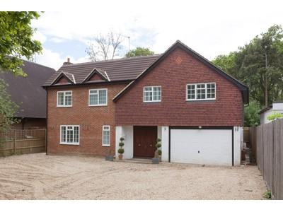 Maison unifamiliale for sales at Daneswood House Leatherhead Road Oxshott, Angleterre kt220et Royaume-Uni