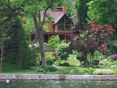 Maison unifamiliale for sales at Custom Built Lake Home Greenwood Road New Milford, Connecticut 06776 États-Unis