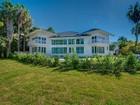 Nhà ở một gia đình for  sales at Tropical Isle 255 Harbor Dr.   Key Biscayne, Florida 33149 Hoa Kỳ