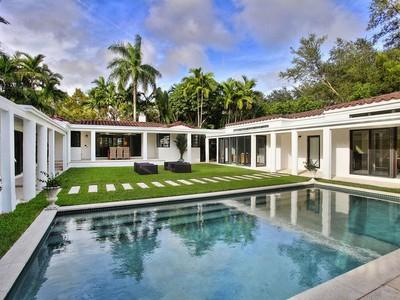 Nhà ở một gia đình for sales at 842 Palermo Ave   Coral Gables, Florida 33134 Hoa Kỳ