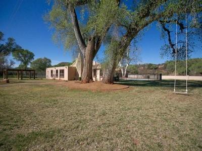 Moradia for sales at Special 11 Acre Oak Creek Frontage Land with House and Casita 510 S Vertholer Lane Cornville, Arizona 86325 Estados Unidos