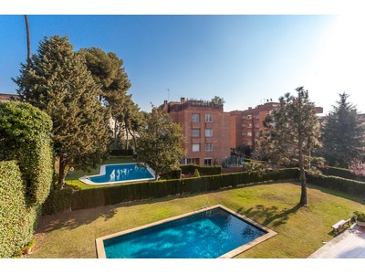 Apartamento for sales at Bright apartment located in one of the best streets in the area of Pedralbes Barcelona City, Barcelona Espanha