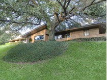 獨棟家庭住宅 for sales at 309 Hazelwood Dr    Fort Worth, 德克薩斯州 76107 美國