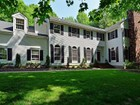 Single Family Home for  sales at 6 Oak Tree Lane  Holmdel, New Jersey 07733 United States