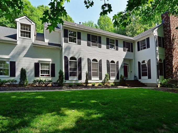 단독 가정 주택 for sales at 6 Oak Tree Lane  Holmdel, 뉴저지 07733 미국