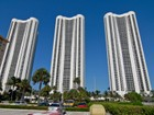 Condomínio for  rentals at Trump Towers III 15811 Collins Ave 2604  North Miami Beach, Florida 33160 Estados Unidos