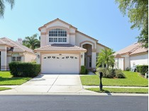 Townhouse for sales at CRESCENT OAKS COUNTRY CLUB 1075  Dartford Dr   Tarpon Springs, Florida 34688 United States