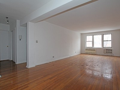 Co-op for sales at Large 1 BR on Palisade Avenue 2465 Palisade Avenue, 8E  Riverdale, New York 10463 United States