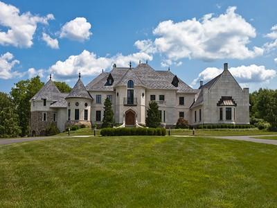 Maison unifamiliale for sales at Doylestown, PA 405 Edison Furlong Rd  Doylestown, Pennsylvanie 18901 États-Unis