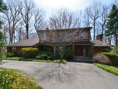 Nhà ở một gia đình for sales at Bloomfield 4566 Tanbark Bloomfield, Michigan 48302 Hoa Kỳ