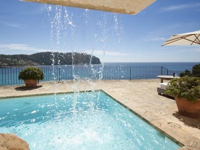 Maison unifamiliale for sales at Refurbished Frontline Villa in Camp de Mar  Other Balearic Islands, Balearic Islands 07160 Espagne