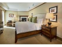 Maison unifamiliale for sales at Fantastic Core Location 501 E Dean Street F-501   Aspen, Colorado 81611 États-Unis