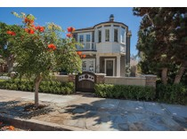 独户住宅 for sales at 320 Poinsettia Ave    Corona Del Mar, 加利福尼亚州 92625 美国