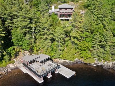 Maison unifamiliale for sales at Idylwood on Lake Muskoka 1476 Stephen's Bay Rd Muskoka, Ontario P1L1X4 Canada