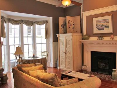 Villa for sales at 8-C Elliott 8-C Elliott Street Charleston, Carolina Del Sud 29401 Stati Uniti