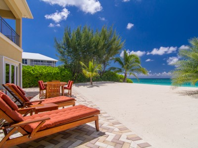 Single Family Home for sales at Lizard Run Seven Mile Beach, Grand Cayman Cayman Islands
