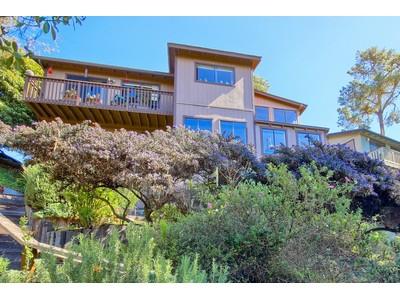 Villa for sales at Sunbury 5691 Sunbury Cambria, California 93428 Stati Uniti