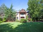 Maison unifamiliale for  sales at Location Location!    Upper Saddle River, New Jersey 07458 États-Unis