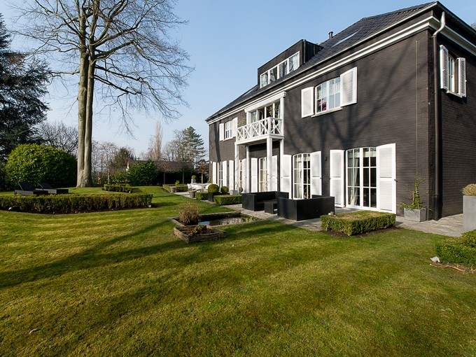 Townhouse for sales at BRUSSELS - LOVELY PROPERTY. Other Brussels, Brussels Belgium