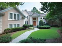 Casa para uma família for sales at Country Club Living Along The Chattahoochee 760 Sturges Way   Alpharetta, Geórgia 30022 Estados Unidos
