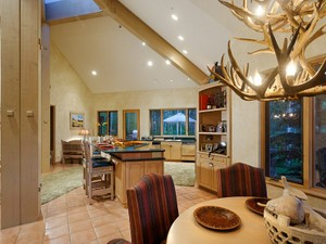 Additional photo for property listing at Ski-in/Ski-out  Snowmass Village, Colorado 81615 United States