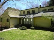 Moradia for sales at Woodridge Lake House 429 East Hyderdale   Goshen, Connecticut 06756 Estados Unidos