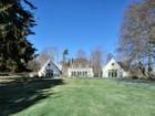Moradia for sales at Kennel Cottage 330 Gray Craig Road Middletown, Rhode Island 02842 Estados Unidos