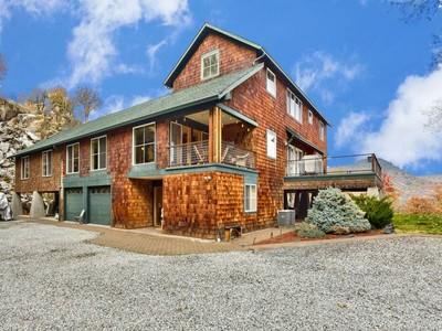 独户住宅 for sales at 8363 Gold Ray Rd  Central Point, 俄勒冈州 97502 美国