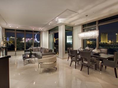 Villa for sales at 1 Hughes Center Dr #502 A  Las Vegas, Nevada 89169 Stati Uniti