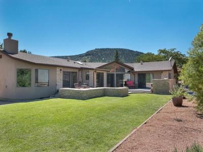獨棟家庭住宅 for sales at Beautiful Sedona Ranch Style Home 30 Klondike  Sedona, 亞利桑那州 86351 美國