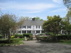 Villa for  sales at Understated Eleganace Amid a Country Setting 1635 Woodland Avenue  Edison, New Jersey 08820 Stati Uniti