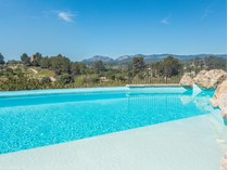 獨棟家庭住宅 for sales at Country property with mountain views in Calviá    Calvia, 馬婁卡 07008 西班牙
