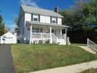 一戸建て for  sales at Colonial With River Views 20 Albany Rd   Neptune, ニュージャージー 07753 アメリカ合衆国