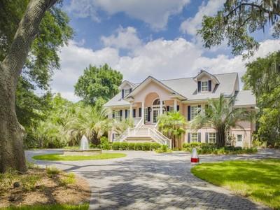 独户住宅 for sales at The Landings 15 Priory Road Savannah, 乔治亚州 31411 美国