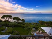 Maison unifamiliale for sales at Waterfront provençal style estate  Saint Tropez,  83990 France