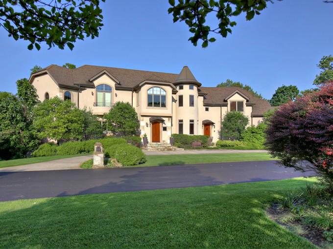 단독 가정 주택 for sales at 3621 Woodside Place   Louisville, 켄터키 40222 미국