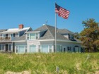 Villa for  sales at 67 Oceanside Drive  Saco, Maine 04072 Stati Uniti