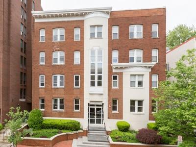 共管式独立产权公寓 for sales at West End 2114 N Street Nw 32 Washington, 哥伦比亚特区 20037 美国