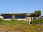 獨棟家庭住宅 for  sales at Oceanfront Beach Home with Guest House in Morro Bay 3015 Beachcomber Drive   Morro Bay, 加利福尼亞州 93442 美國