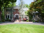 Villa for  sales at Stately Center Hall On Lovely Cul-de-Sac 7 Laurie Court  Scotch Plains, New Jersey 07076 Stati Uniti