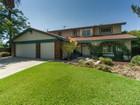 Maison unifamiliale for  sales at 2339 Jamestown Court  Claremont, Californie 91711 États-Unis